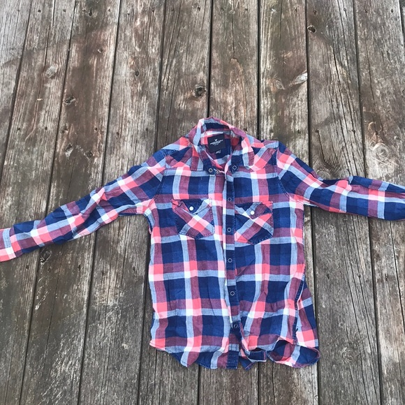American Eagle Outfitters Tops - 😱AEO FLANNEL😱